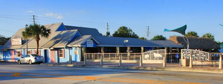 PortSalernoFL.Com - Waterfront Restaurants - Manatee Island